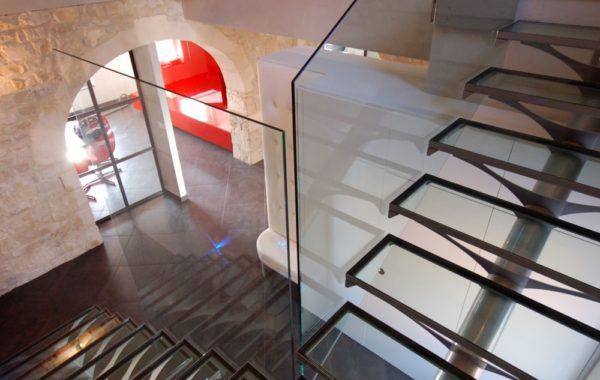 Escada Kocentrik