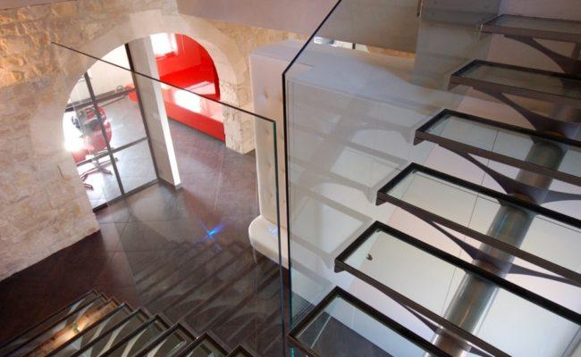 escada-com-tudo-central-ferro-e-vidro2