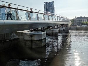 1-lagan-weir-footbridge