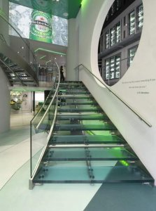 4f07dbda25f3434c7098457814783664-metal-stairs-glass-stairs