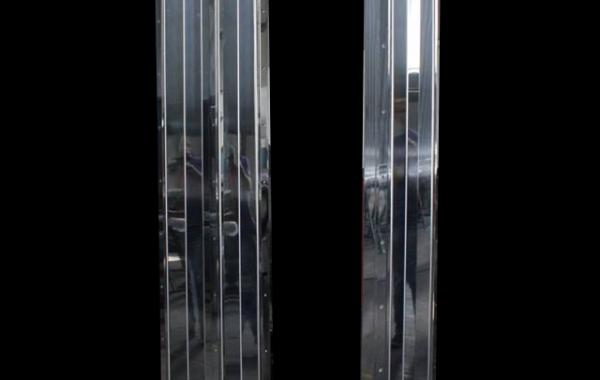 Pilares Inox Polido
